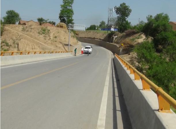 红河油田东线道路工程